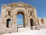 ekskursiya-v-dzherash-iordaniya.1